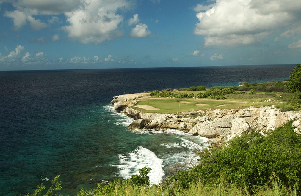 Blue Bay Golf 100