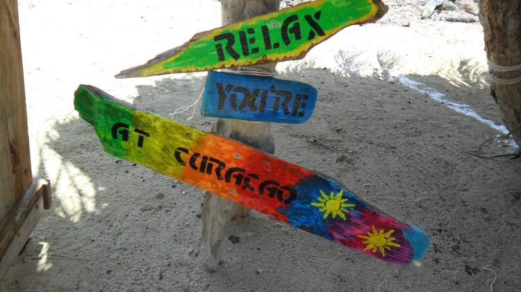curacao beach signs